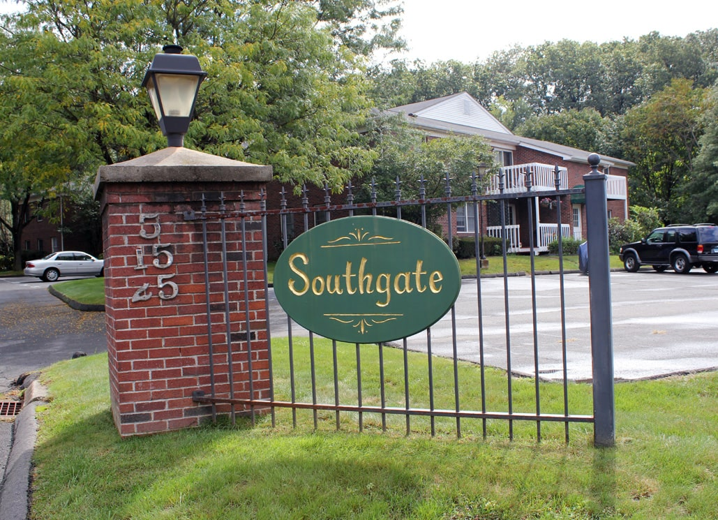 Southington CT Apartments For Rent - Southgate Apartments